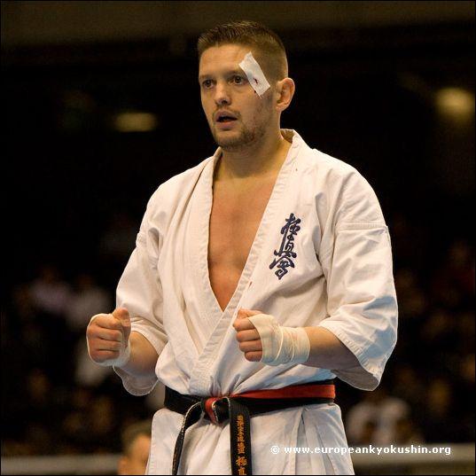 Michael Biskos<br>(Belgium)