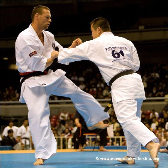 Johnson (New Zealand)<br>vs Kidachi (Japan)