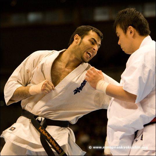 Navarro (Spain) vs<br>Tanaka (Japan)