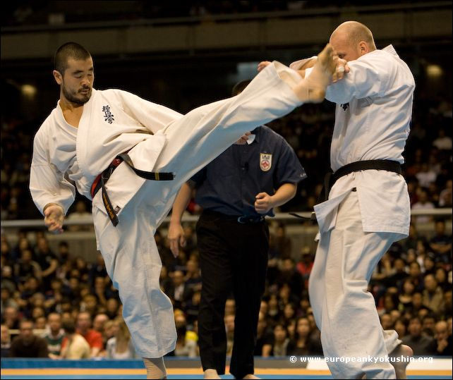 Tanaka (Brazil) vs<br>Lunev (Russia)