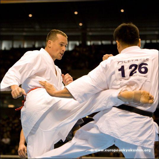 Soukup (Czech R.) vs<br>Tokuda (Japan)